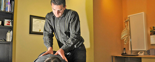 Photo of Andrew Gagnon practicing Chiropractic services in Chilliwack BC